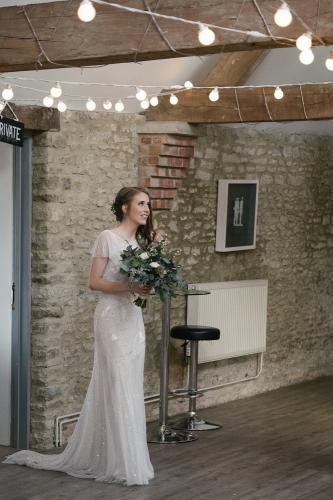 stratton-court-barn-real-weddings-gallery-039