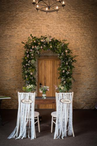 tate-brewer-wedding-stratton-court-barn-007